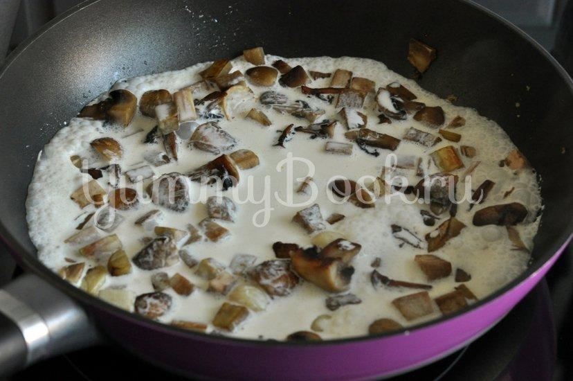 Спагетти с грибами и баклажанами под сливочным соусом - шаг 7