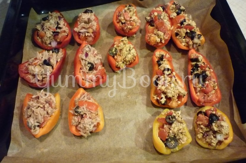Болгарские перцы с пикантной начинкой - шаг 13