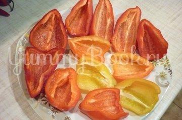 Болгарские перцы с пикантной начинкой - шаг 2