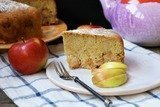 Яблочная шарлотка в мультиварке