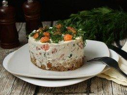Закусочный торт с солёной форелью