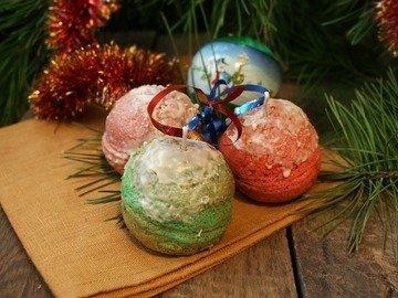 """Бисквитные """"Новогодние шары"""""""