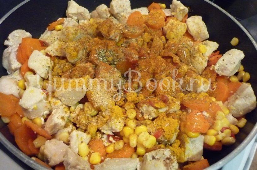 Куриное филе с овощами в сметанном соусе - шаг 11