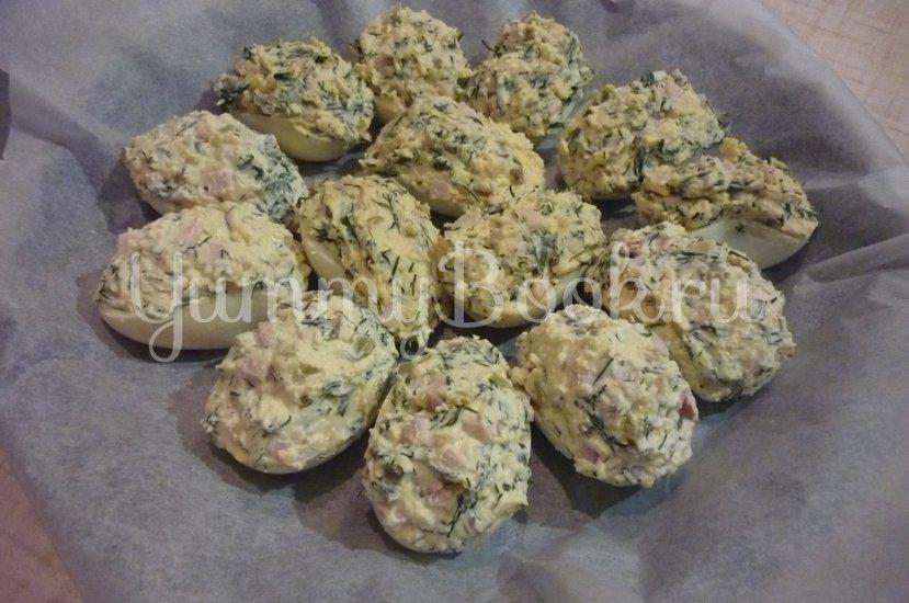 Фаршированные яйца (закуска к праздничному столу) - шаг 13