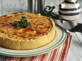 Сырный тарт с луком