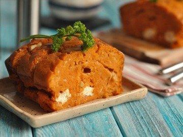 Томатный кекс с сыром