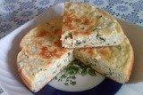 Пирог с зеленым луком и яйцом в мультиварке
