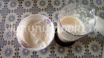Пирог с зеленым луком и яйцом в мультиварке - шаг 4