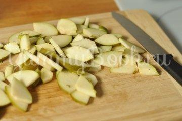 Зеленый салат с сыром - шаг 1