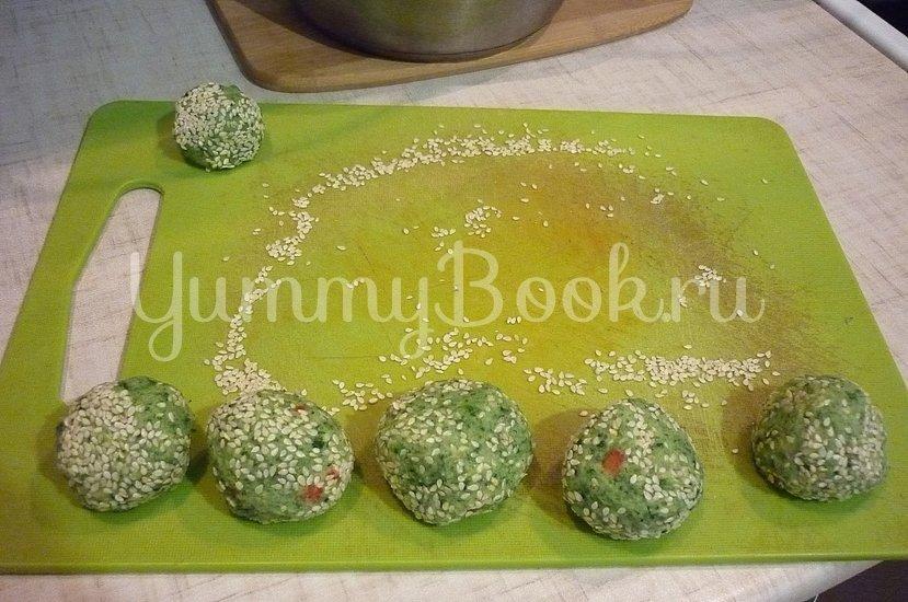 Зелёные сырно-картофельные шашлычки на шпажках - шаг 10