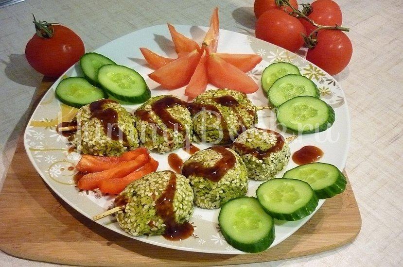 Зелёные сырно-картофельные шашлычки на шпажках - шаг 14