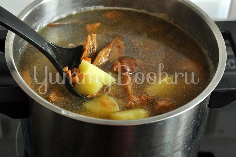 Суп с сушеными грибами - шаг 7