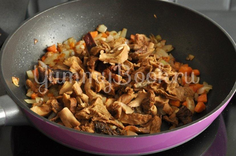 Суп с сушеными грибами - шаг 5