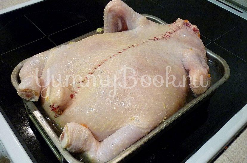 Сочная курица без костей, фаршированная капустой - шаг 19