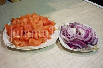 Сытный и полезный салат с нутом - шаг 2