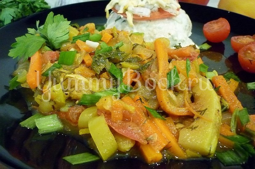 Тушёные кабачки с овощами - шаг 17