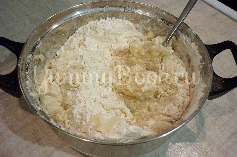 Хрустящие лепёшки с сыром и зелёным луком - шаг 4