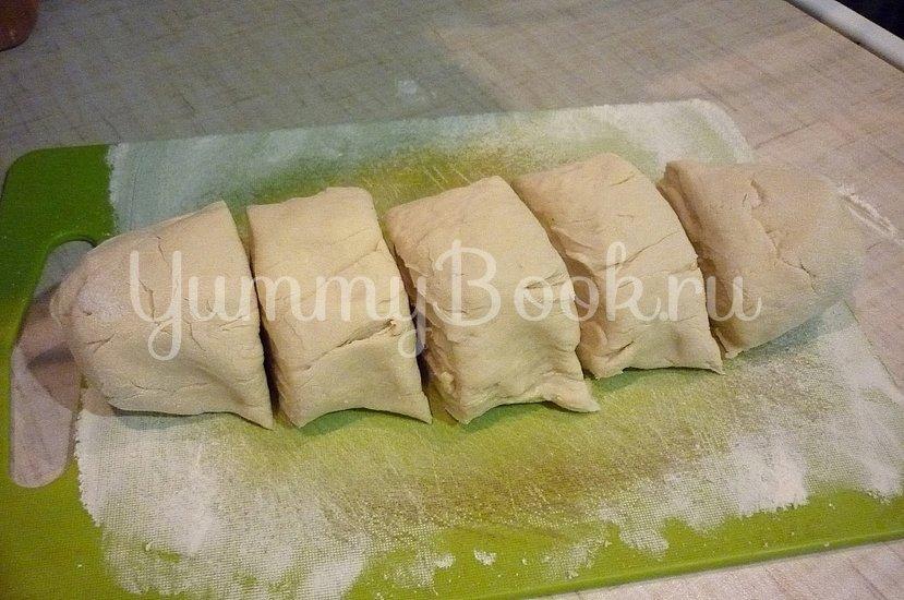 Хрустящие лепёшки с сыром и зелёным луком - шаг 7