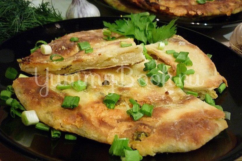 Хрустящие лепёшки с сыром и зелёным луком - шаг 18