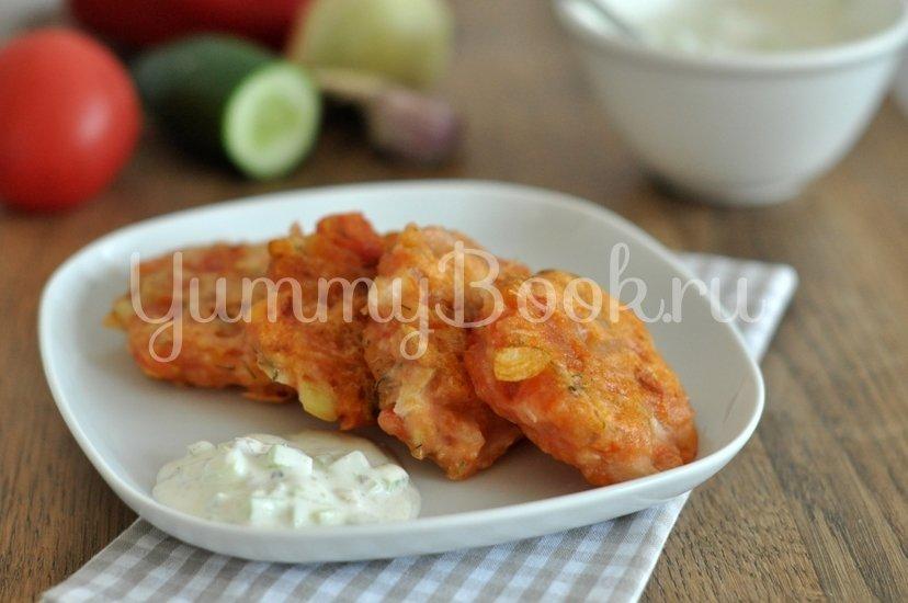 Греческие томатные котлеты Доматокефтедес с Цацики - шаг 10