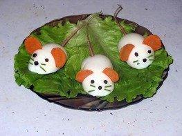 Яйца фаршированные Крысята