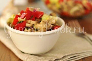 Салат овощной с грибами - шаг 7