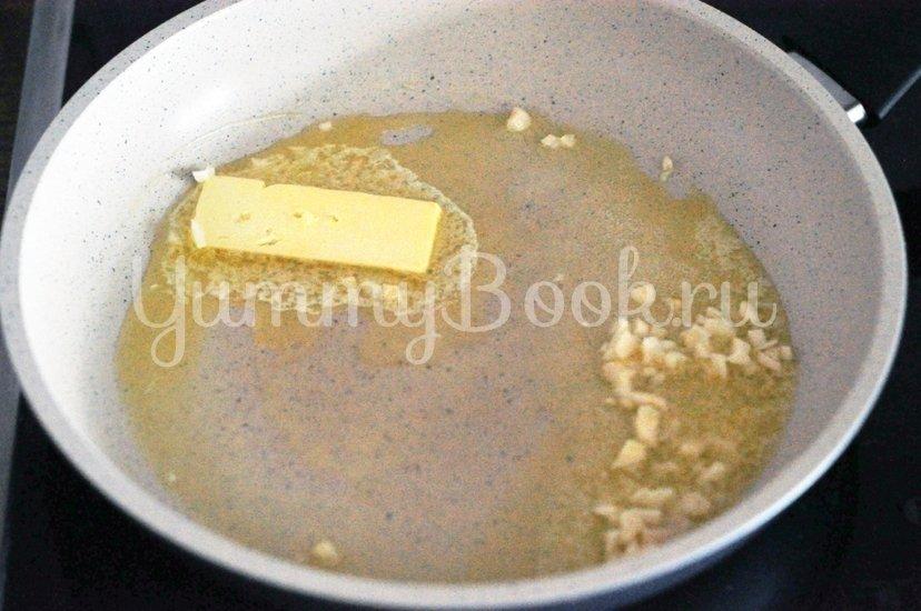 Сливочный соус с лимоном и чесноком к морепродуктам - шаг 1