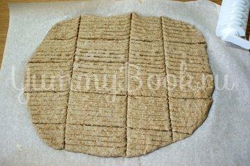 Хлебцы из цельнозерновой муки - шаг 7