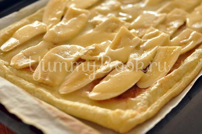 Простой пирог с бананами и сгущенным молоком - шаг 3