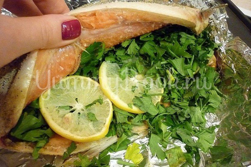 Нерка, запечённая с кинзой и лимоном - шаг 5