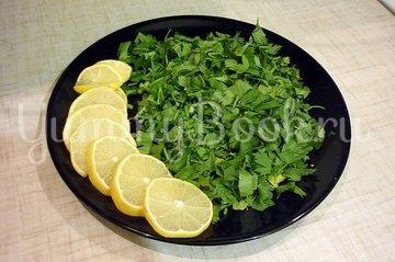 Нерка, запечённая с кинзой и лимоном - шаг 2