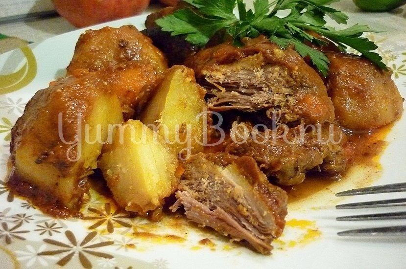 Острая утка, запечённая с картофелем и морковью - шаг 10