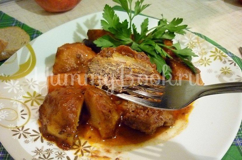 Острая утка, запечённая с картофелем и морковью - шаг 11