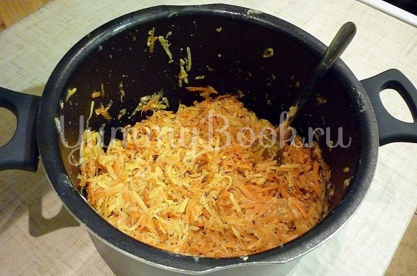 Кабачково-картофельные котлетки с морковью - шаг 7