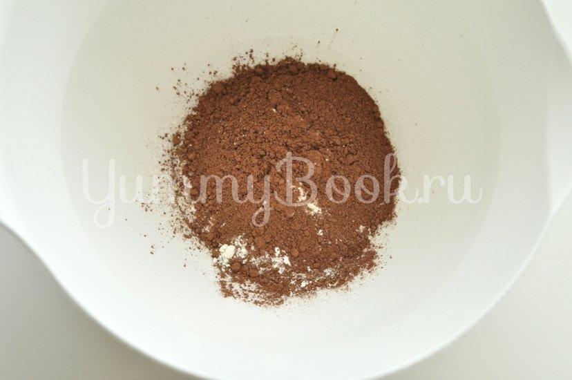Пышный шоколадный бисквит - шаг 3