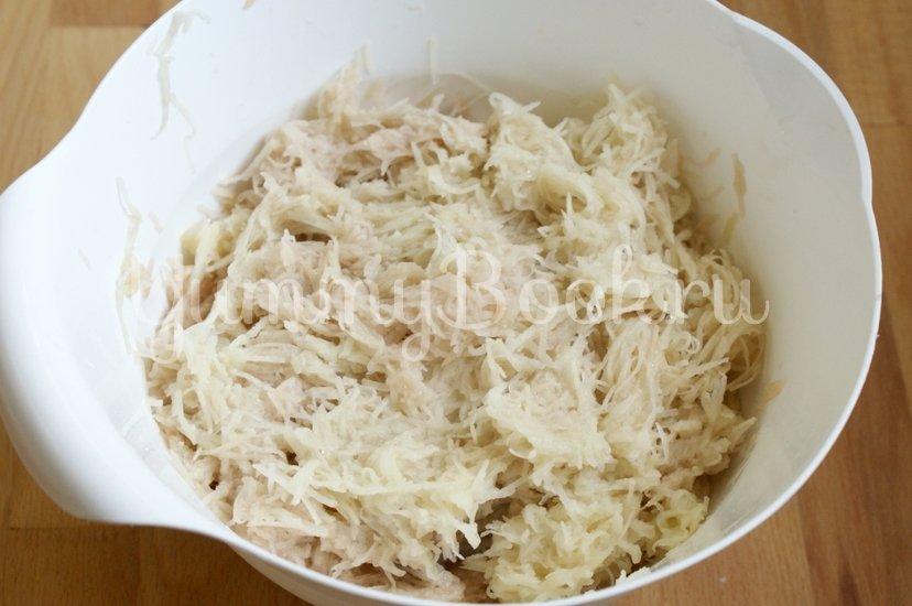 Драники с мясом в горшочках - шаг 5