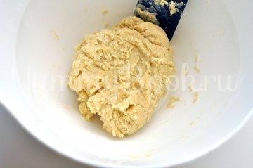 Тарт с кокосовым молоком и грушами - шаг 4
