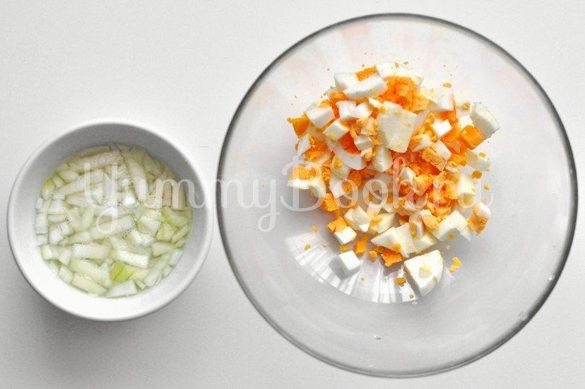 Салат с тунцом и йогуртом - шаг 1