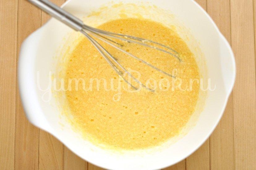 Пирог с ревенем и клубникой - шаг 2