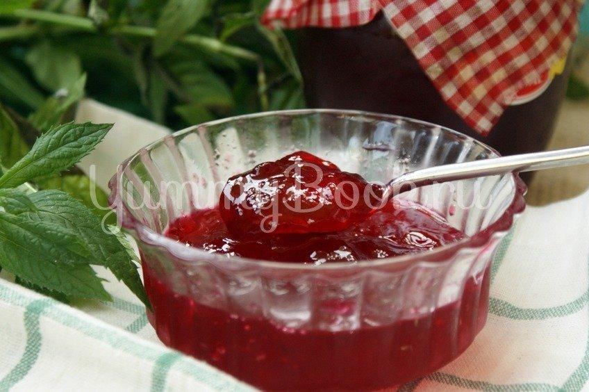 Желе из красной смородины (по рецепту Элизабет Дэвид)