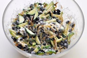 Салат с чёрной фасолью - шаг 5