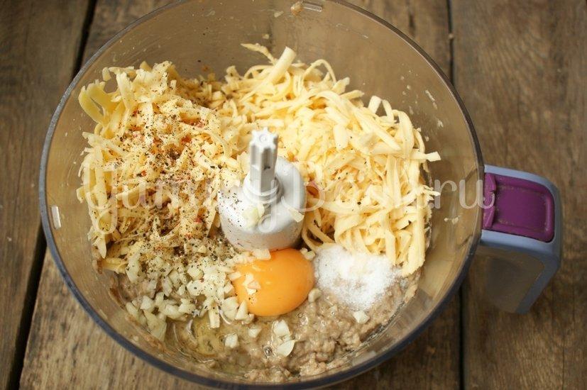 Котлеты из баклажанов с сыром - шаг 5