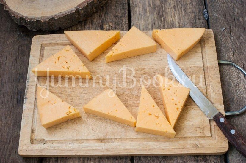 Жареный сыр в панировке - шаг 1