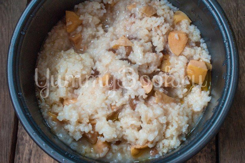 Рисовая каша с айвой в мультиварке - шаг 4