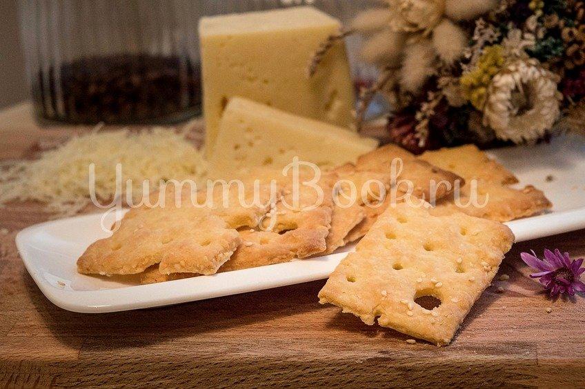 Хрустящие сырные крекеры с кунжутом