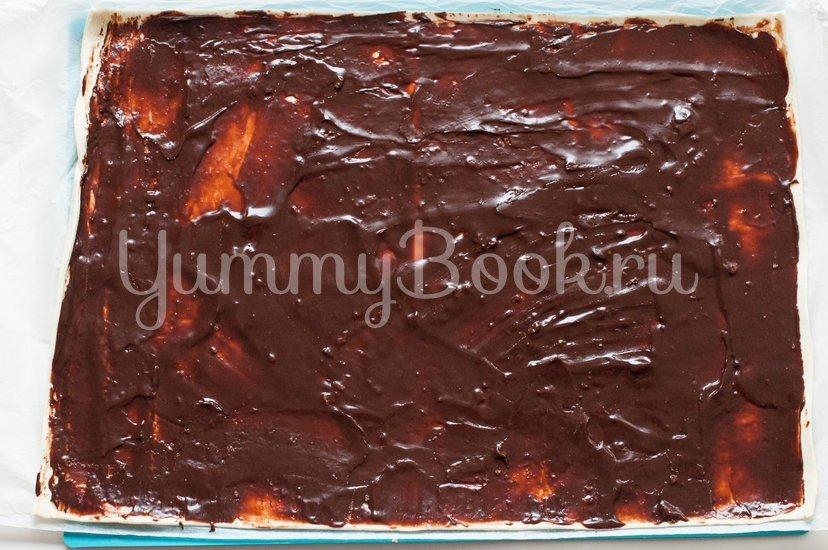 """Слоеное печенье """"Ушки"""" с орехами и шоколадом - шаг 4"""