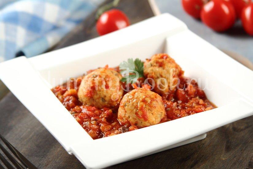 Фрикадельки с овощами в томатном соусе - шаг 4