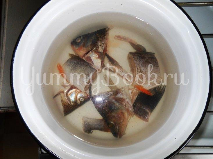Рыбный суп с пшеном - шаг 1