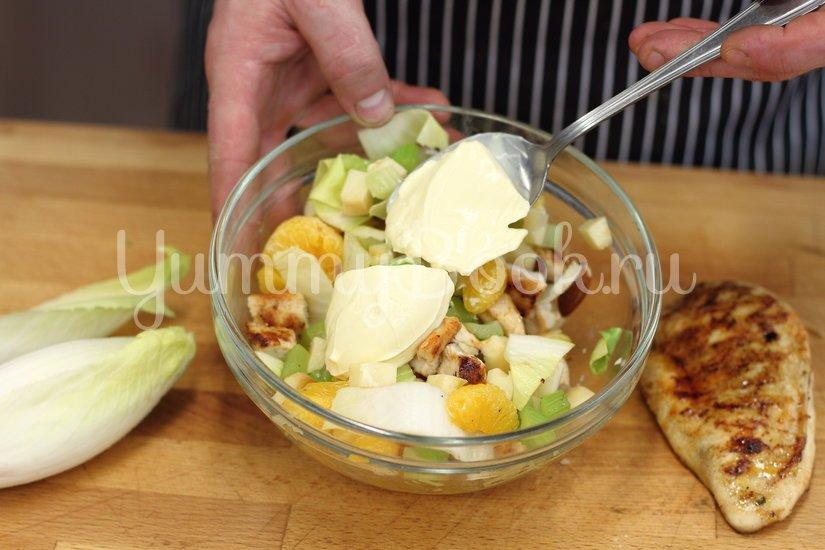 Салат с курицей и мандаринами - шаг 3