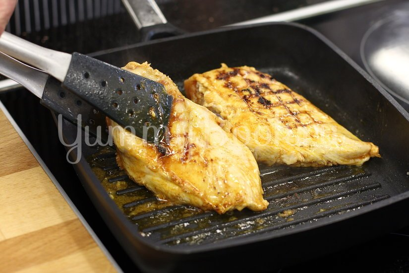 Легкий салат с курицей и свежими овощами - шаг 2
